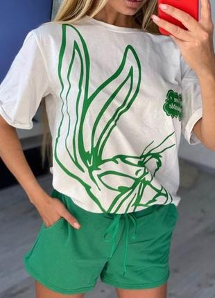 Красивенький женский костюм на лето  футболка и шорты3 фото