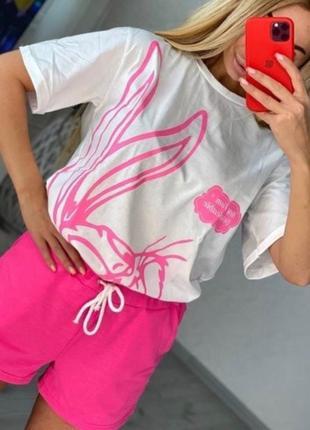 Красивенький женский костюм на лето  футболка и шорты1 фото