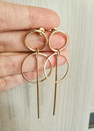 Серьги кольца в минималистичном дизайне,золотистый финиш