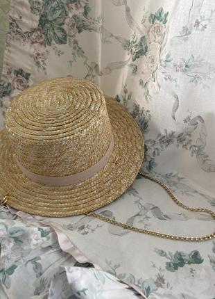 Шляпа конотье с цепочкой1 фото