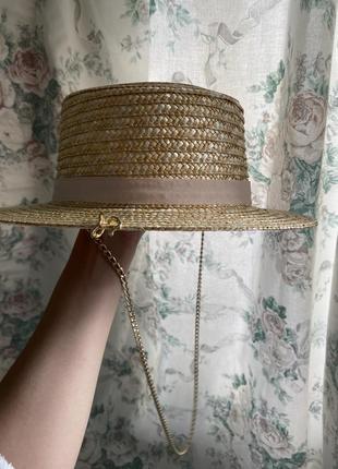 Шляпа конотье с цепочкой2 фото