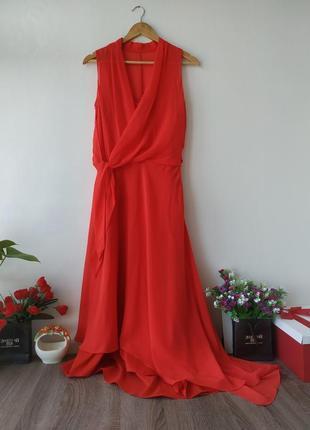 Роскошное платье премиум бренда