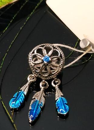 Шарм подвеска пандора серебро 925 проба цирконий пломба бирка новый ловец снов синие перья камень индеец