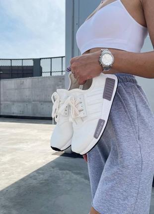 Женские стильные кроссовки adidas nmd white violet