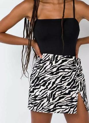 Мини юбка с разрезом зебра принт y2k размер s