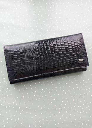 Женский кожаный кошелек1 фото