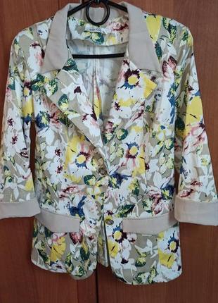 Шикарный пиджак летний разноцветный бежевый