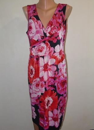 Платье в цветах 16 размера