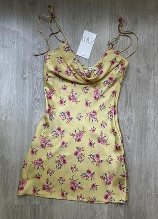 Сукня в білизняному стилі zara