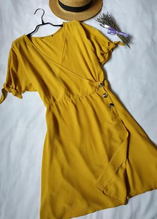 Нова модна сукня на запах1 фото