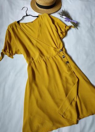 Нова модна сукня на запах7 фото
