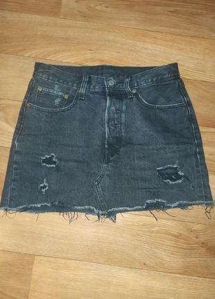 Шикарная джинсовая юбка с рваностями оригинал levis