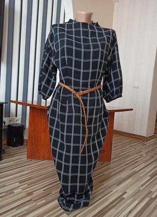 Черное клетчатое платье