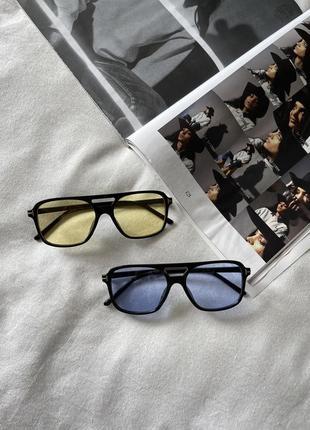 Трендовые очки с синими / желтыми линзами