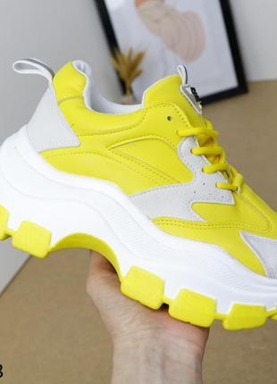Кросівки жіночі1 фото