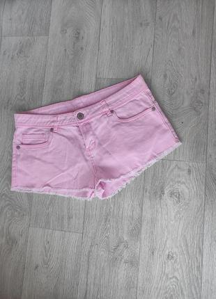 Женские короткие шорты от денима