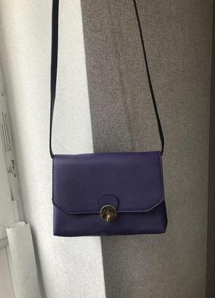 Красивая сумочка через плечо кроссбоди