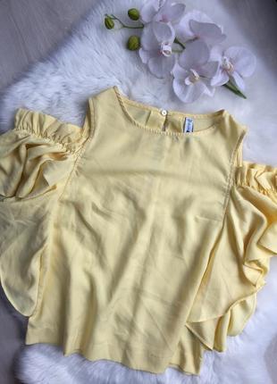 Розпродаж!!! жовта нарядна блузка з рюшками