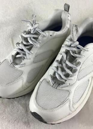 Ортопедические кожаные кроссовки