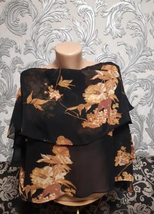 Блузка размер:l с открытыми плечами.