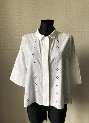 Оригинальная красивая белая блуза рубашка из прошвы от mango размер s-м-l