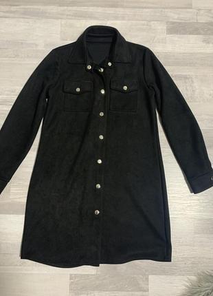 Чёрное замшевое платье рубашка с поясом