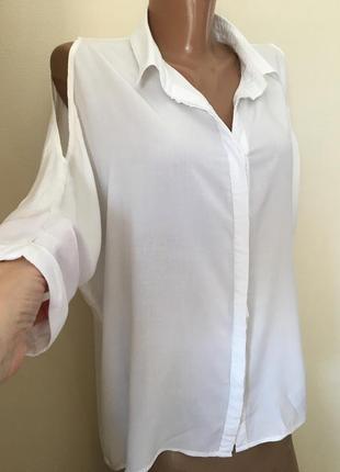 Блузка белая amisu .