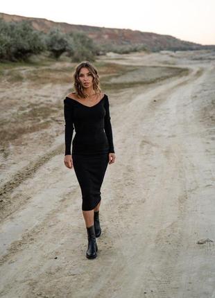 Черное платье , платье с декольте, платье с голыми плечами, трикотажное платье , платье футляр