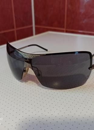 Сонцезахисні окуляри valentino
