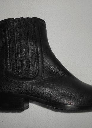 Ботинки челси от clarks 37 - 37,5 размер