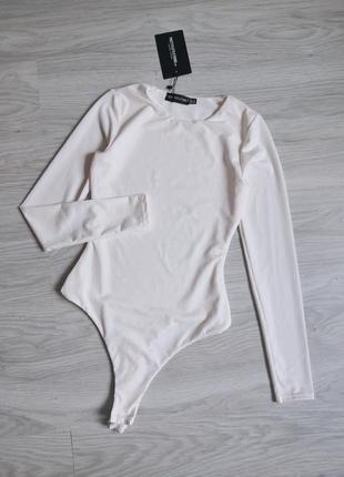 Молочный боди из фактурной ткани с длинным рукавом
