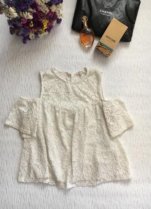 River island гипюровая кофточка- блуза с открытыми плечами м- размер