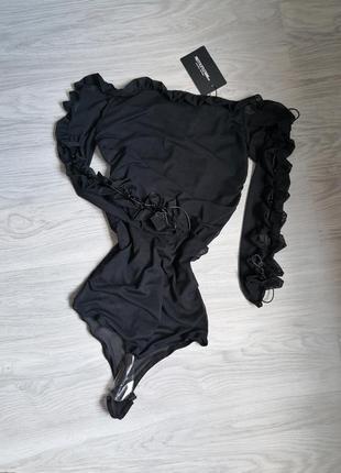 Чёрный боди сеточка на подкладке с рукавами на шнуровке