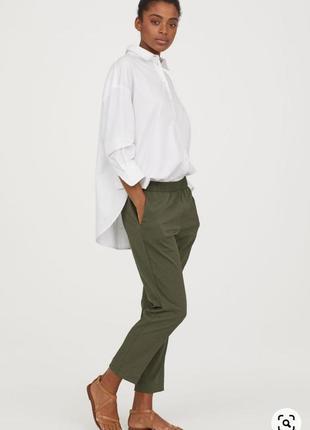 Укороченные летние брюки из крепа h&m с резинкой на талии хаки