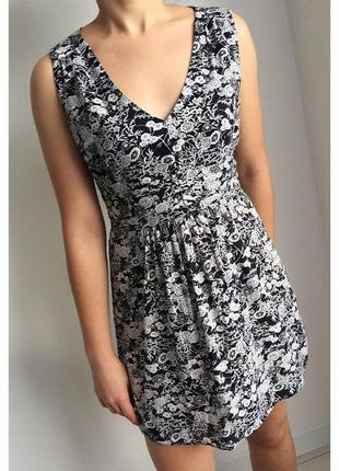 Платье, плаття, сукня чорна з білим, легкое летнее платье, платье с вырезом.