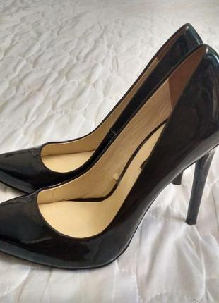 Туфлі кожані лодочки