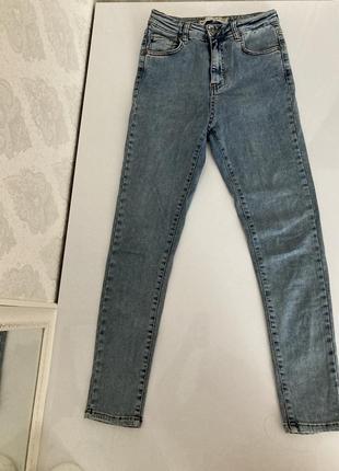 Скіні джинси new yuorcer