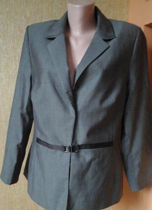 Серый офиссный пиджак фирмы jane lamerton