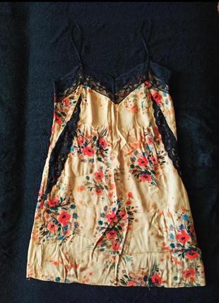 Цветочное платье zara в бельевом стиле, на тонких бретелях, состояние нового! ❤️