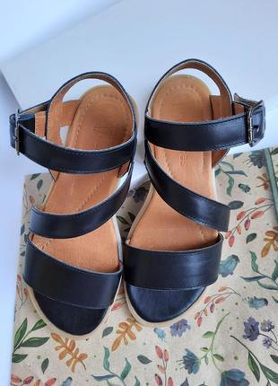 Женские сандали черные кожаные сандалии босоножки