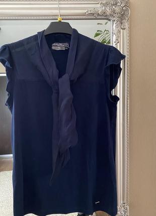 Блуза, топ, футболка salvatore ferragamo оригинал!