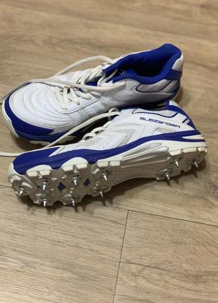 Крутые кроссовки  бутсы для футбола подростковые