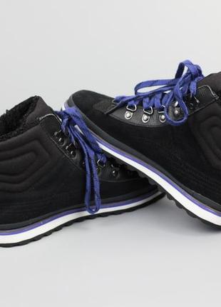 Фирменные оригинальные кроссовки на меху