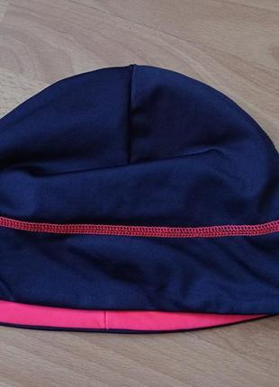 Женская шапка для бега tcm