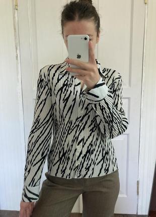 Тренд винтаж рубашка плиссированная минимализм