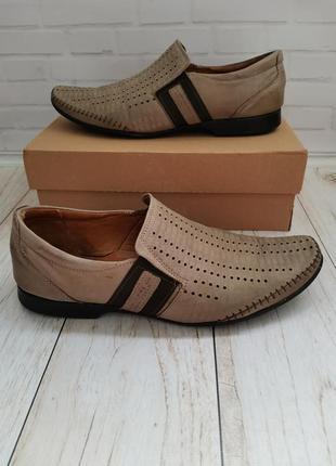 Полностью кожаные мужские туфли