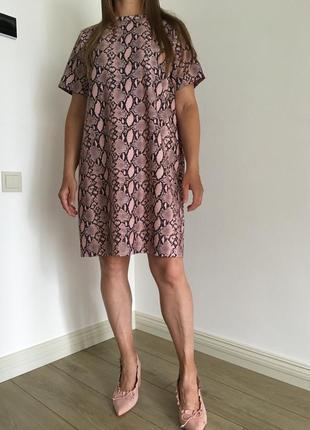Платье под принт питона