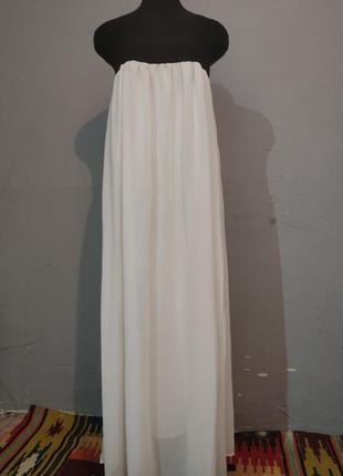 Вечернее платье в пол с ссиметричным верхом