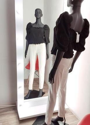 Крутые джинсы zara скини трендового цвета экрю бежевий🚀