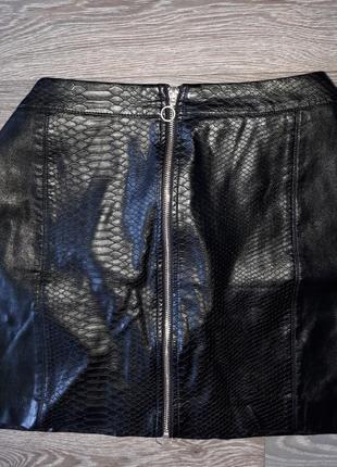 Кожаная юбка со змейкой эко кожа под рептилию большой размер
